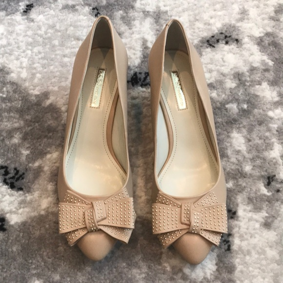 BCBGeneration Shoes - Brand NEW BCBC heels. Size 8.5